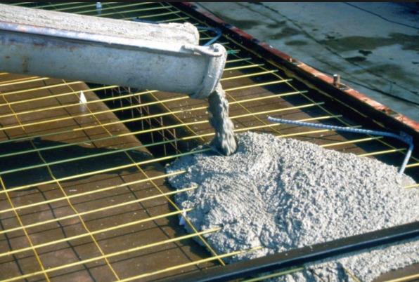 Заливка фундамента бетоном